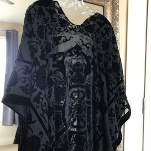 Sweaters - velvet fringe kimono